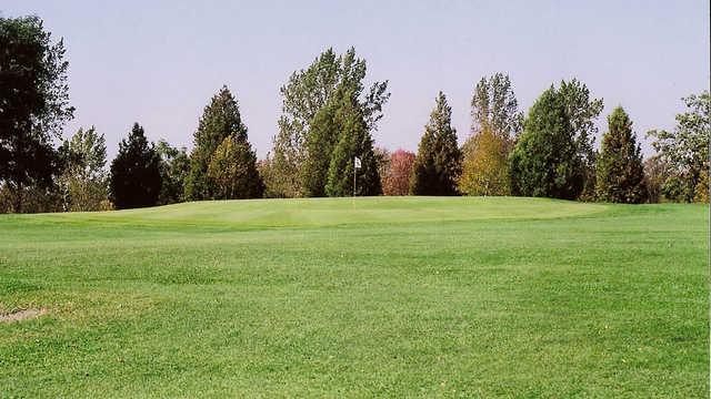 Crestwood Golf Club
